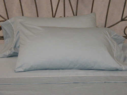 Waterbed Sheets. T200 50/50 Blend Sheet Set